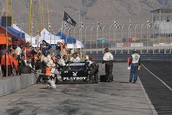 Arrêt aux stands pour la Lexus Riley #6 Playboy Racing/ Mears-Lexus/Riley : Burt Frisselle, Mike Borkowski, Brian Frisselle