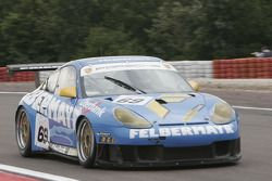 Porsche 996 GT3 RS #69 Team Felbermayr Proton : Horst Felbermayr, Gerold Ried