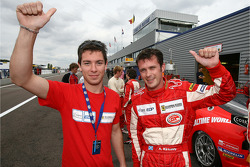 Polemen GT2Nathan Kinch et Andrew Kirkaldy