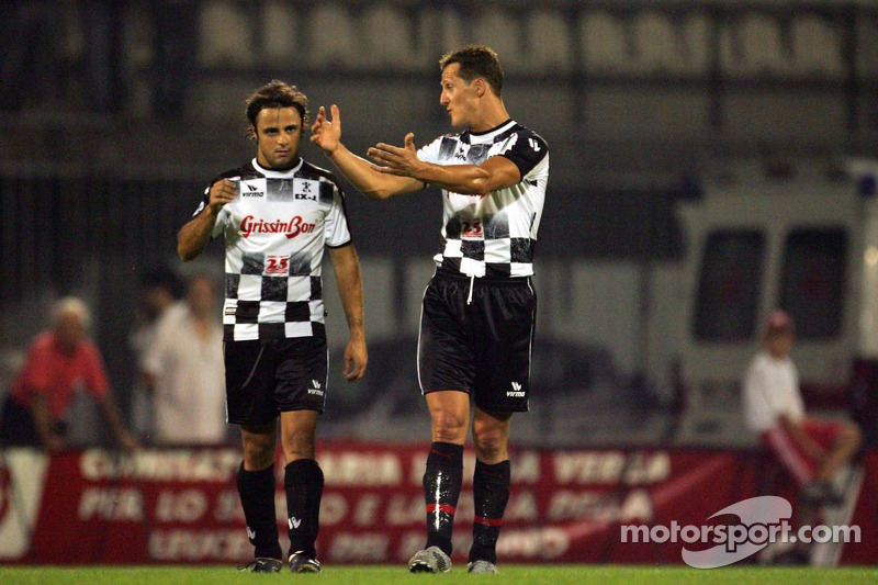 National pilotu s charity football match, Stadio Brianteo Stadio Brianteo: Michael Schumacher ve Fel