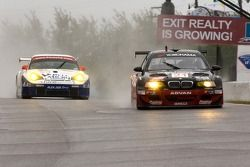 Team PTG BMW E46 M3 : Bill Auberlen, Joey Hand ; Alex Job Racing Porsche 911 GT3 RSR : Mike Rockenfe