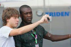 Clarence Seedorf de l'AC Milan invité du Trident Racing