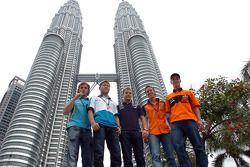Pilotes en visite à Kuala Lumpur