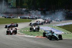 Start: Nelson A. Piquet, Giorgio Pantano et Lewis Hamilton