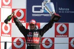 Le vainqueur Giorgio Pantano