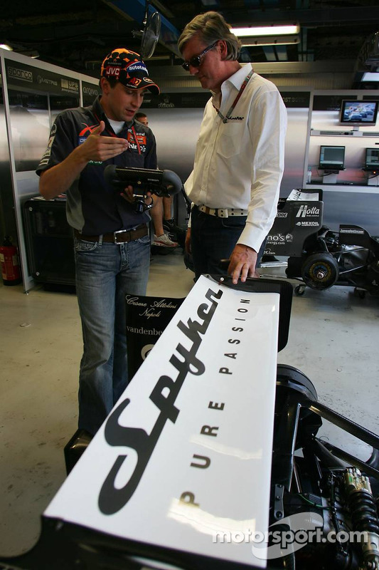 Christijan Albers and Victor R. Muller, Chief Executive Officer of Spyker Cars N.V. and Spyker MF1 Racing