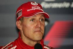 Conférence de presse de la FIA : le vainqueur Michael Schumacher