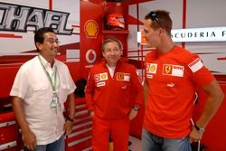 Jean Todt, Michael Schumacher et Son Altesse Royale le Sultan Mizan Zainal Abidin