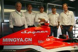 Conférence de presse Spyker MF1 Racing : Fred Mulder, Colin Kolles, Managing Director, Christijan Albers, Tiago Monteiro et Michiel Mol