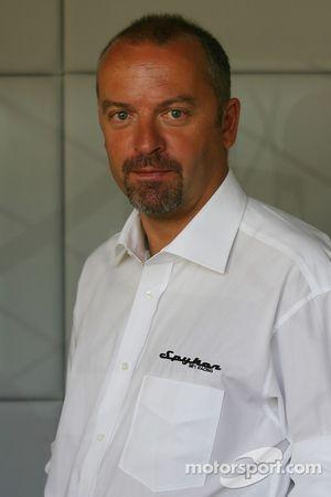 Conférence de presse Spyker MF1 Racing : Mike Gascoyne, directeur technique