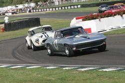 Chevrolet Corvette Sting Ray: Alec Hammond, John Fitzpatrick