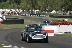 Aston Martin DB4 GT : Richard Attwood, Colin Blower