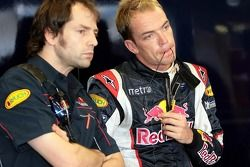 Race engineer Ciaron Pilbeam and Robert Doornbos