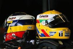Caques de Pedro de la Rosa et Lewis Hamilton