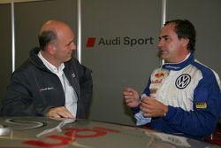 Dr. Wolfgang Ullrich et Carlos Sainz