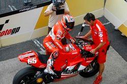 Polesitter Loris Capirossi, Ducati