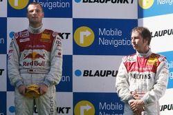 Podium: le vainqueur Martin Tomczyk avec Heinz-Harald Frentzen