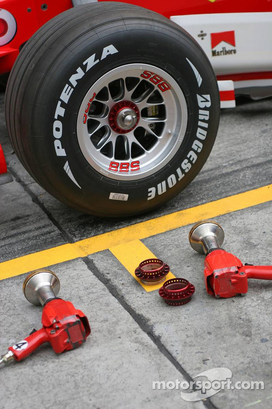 Scuderia Ferrari 248 F1 Bridgestone tyre at Chinese GP