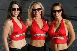 Les Modified Mag girls