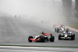Кими Райкконен, McLaren, Дженсон Баттон и Рубенс Баррикелло, Honda