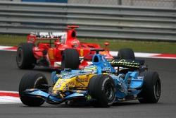 Джанкарло Физикелла, Renault, и Михаэль Шумахер, Ferrari