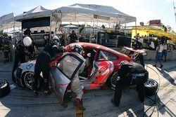 Pitstop pour la Porsche 911 GT3 RSR #44 Flying Lizard Motorsports : Seth Neiman, Lonnie Pechnik, Dar