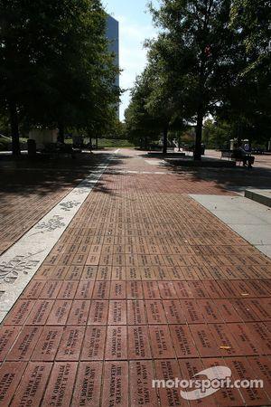 Visite d'Atlanta : noms gravés dans la pierre au parc olympique