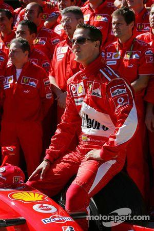 Sesión de fotos Scuderia Ferrari: Michael Schumacher