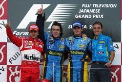 Podium: le vainqueur Fernando Alonso avec Felipe Massa, Giancarlo Fisichella et Frederic Lom
