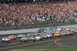 Dale Jarrett leads the pack on first lap