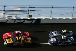 Dale Earnhardt Jr., Matt Kenseth, Kurt Busch et Jimmie Johnson