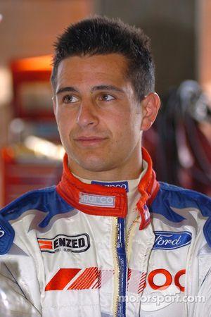 Michael Caruso a remplacé Mark Porter suite à son accident