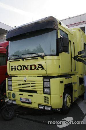 Truck of Team Klaffi Honda