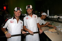 Lucky Strike PR day: Jenson Button and Rubens Barrichello try pizza making