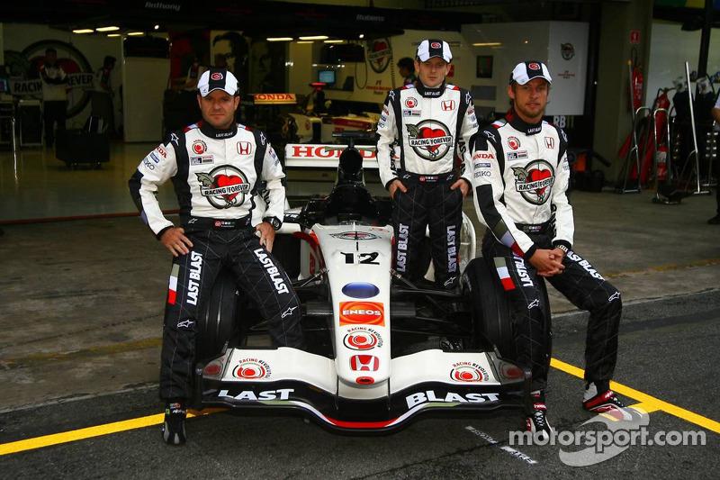 2006 - Honda assume com grandes ambições