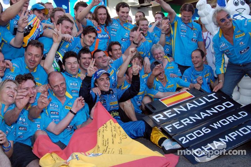 Fernando Alonso, campeón del mundo de F1 2006, con Renault en Enstone