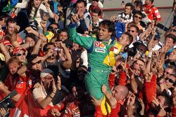 Победитель гонки Фелипе Масса