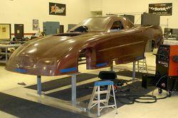 Assemblage de la carrosserie en Mai au QG de DSR à Indianapolis
