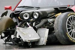 La voiture endommagée de Vanina Ickx