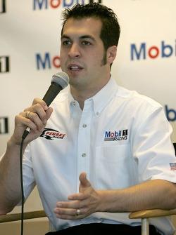 Conférence de presse : Sam Hornish Jr. parle aux médias et annonce la voiture Mobile pour Penske Racingqui courra en NASCAR Busch Series