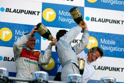 Podium: champagne for Bruno Spengler, Jamie Green, Tom Kristensen and Hans-Jürgen Mattheis