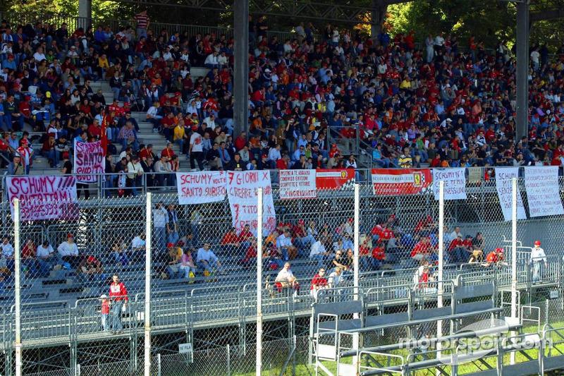 Bannières de fans de Ferrari