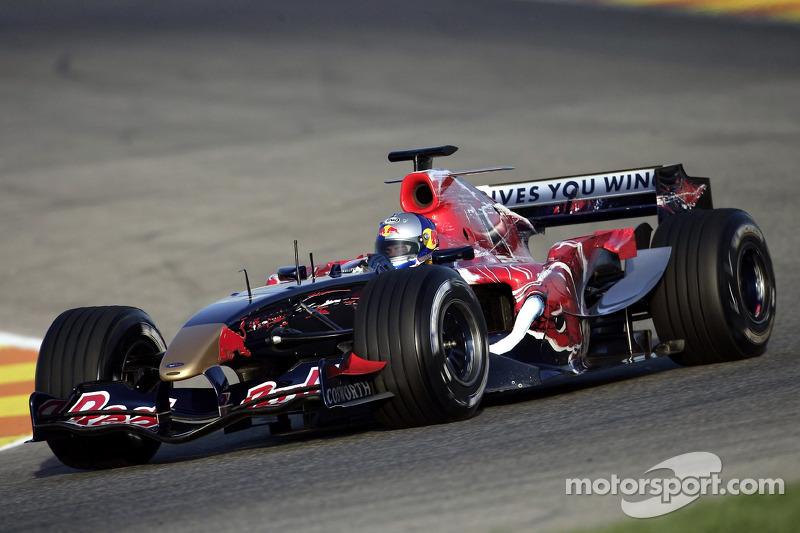 2006: Toro Rosso STR1 Cosworth (одно восьмое место в гонке, 9-е место в КК)