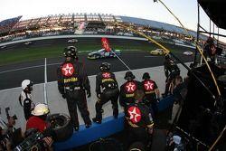 Texaco-Havoline Dodge crew members ready for a pitstop