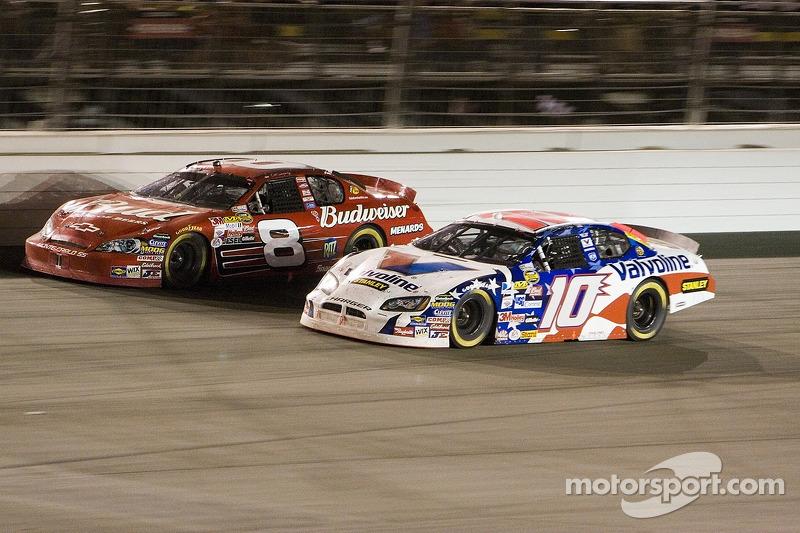 Dale Earnhardt Jr. et Scott Riggs