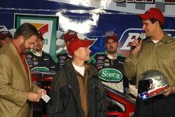 Mark Martin receives the Busch Pole Award