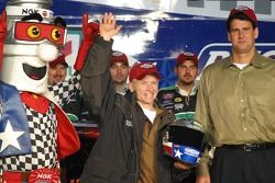 Le vainqueur de la pole Busch, Mark Martin