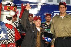 Busch pole winner Mark Martin