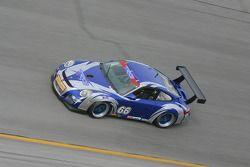 La Porsche GT3 Cup n°66 du TRG : Jim Lowe, Jim Pace, Murray Marden