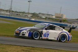 La Porsche GT3 Cup n°67 du TRG : Brent Milner, John Peterson, Michael Gomez